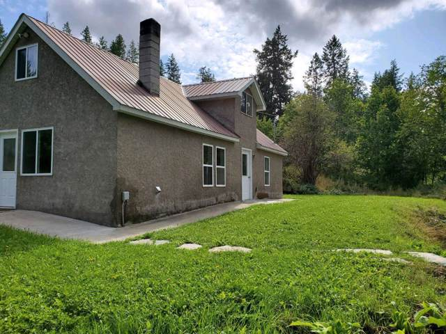 3247 Porthill Loop, Bonners Ferry, ID 83805 (#19-10495) :: ExSell Realty Group