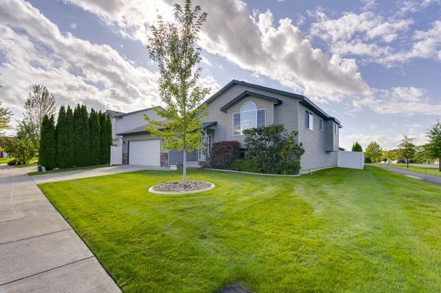 3696 E White Sands Ln, Post Falls, ID 83854 (#19-10689) :: Link Properties Group
