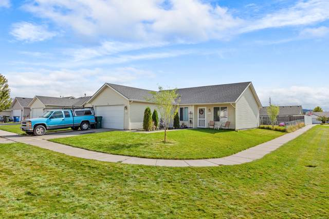 2615 E Knapp Cir, Post Falls, ID 83854 (#19-10750) :: Team Brown Realty
