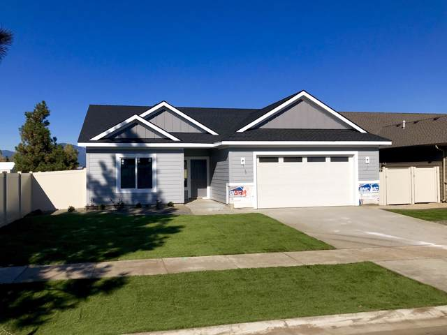 3009 E Cinder Ave, Post Falls, ID 83854 (#19-11122) :: Five Star Real Estate Group