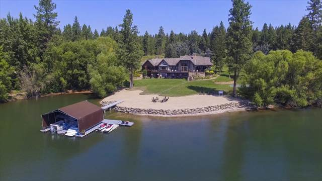 7566 E Gem Shores Rd, Hayden, ID 83835 (#19-11540) :: Kerry Green Real Estate