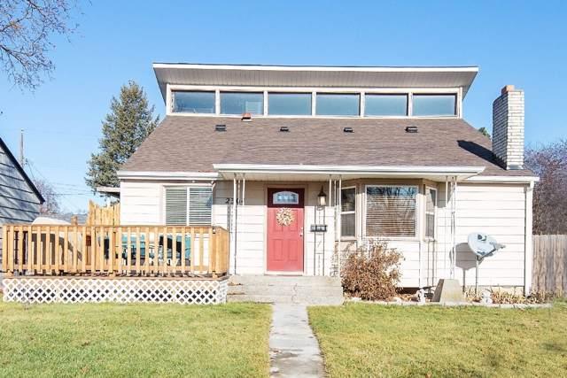 2304 W Queen Ave, Spokane, WA 99205 (#19-11969) :: Prime Real Estate Group