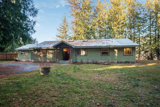 956 Riley Creek Park Dr, Laclede, ID 83841 (#19-11995) :: Embrace Realty Group