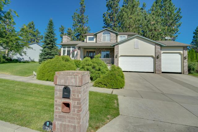 731 N Dundee Dr, Post Falls, ID 83854 (#19-1257) :: Windermere Coeur d'Alene Realty