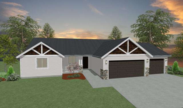 208 N Figwood Ct, Post Falls, ID 83854 (#19-2049) :: Link Properties Group