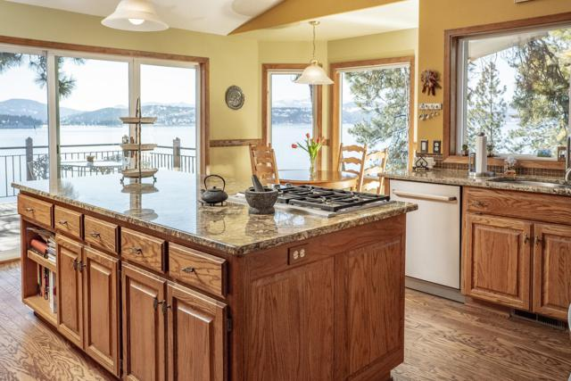 2707 S Evergreen Ln, Coeur d'Alene, ID 83814 (#19-2218) :: Prime Real Estate Group