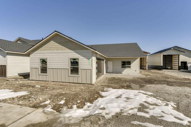 1686 N Silo St, Post Falls, ID 83854 (#19-2396) :: ExSell Realty Group