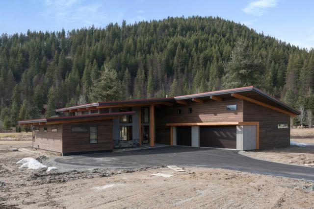 146 Jim Brown Way, Sandpoint, ID 83864 (#19-2988) :: Link Properties Group