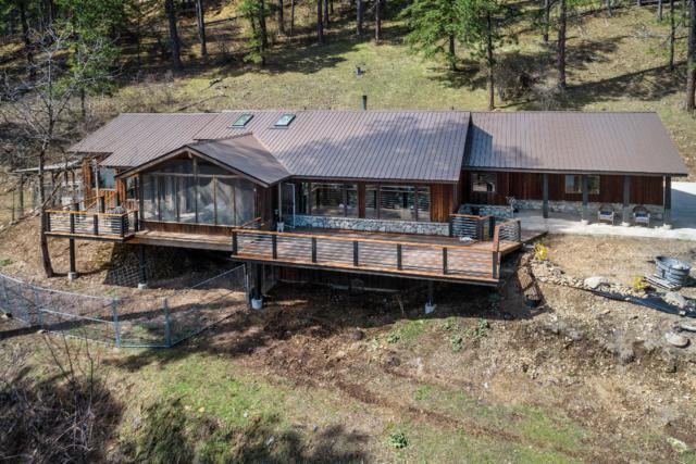 137 Osprey Roost, Sandpoint, ID 83864 (#19-3489) :: Team Brown Realty