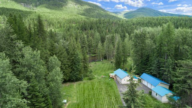 566 Timberlane, Bonners Ferry, ID 83805 (#19-3544) :: CDA Home Finder