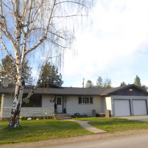 202 Country Club Ln, Pinehurst, ID 83850 (#19-4254) :: Northwest Professional Real Estate