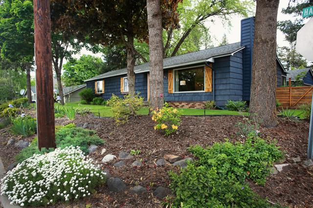 501 W Harrison Ave, Coeur d'Alene, ID 83814 (#19-5119) :: Groves Realty Group