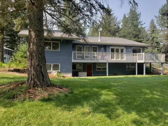 9712 N Circle Dr, Hayden Lake, ID 83835 (#19-5226) :: Mandy Kapton | Windermere
