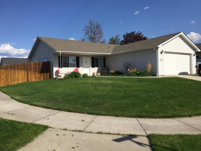 2806 N Madeira Loop, Post Falls, ID 83854 (#19-5320) :: Northwest Professional Real Estate