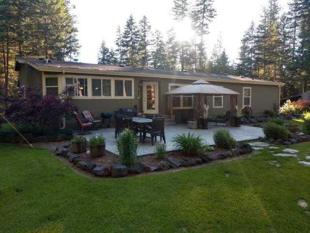 33418 N Sand Creek Dr, Spirit Lake, ID 83869 (#19-6428) :: Team Brown Realty