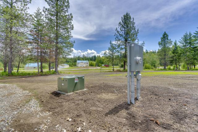 18617 N Rimrock Rd, Hayden, ID 83835 (#19-7065) :: Groves Realty Group