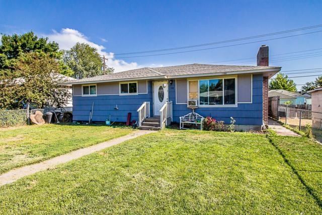 1108 E Garland Ave, Spokane, WA 99207 (#19-8395) :: Groves Realty Group