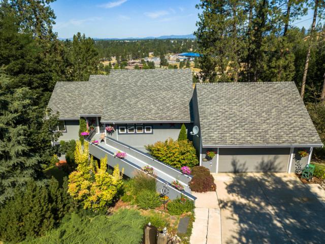 1419 N Richmond Dr, Coeur d'Alene, ID 83814 (#19-8550) :: ExSell Realty Group