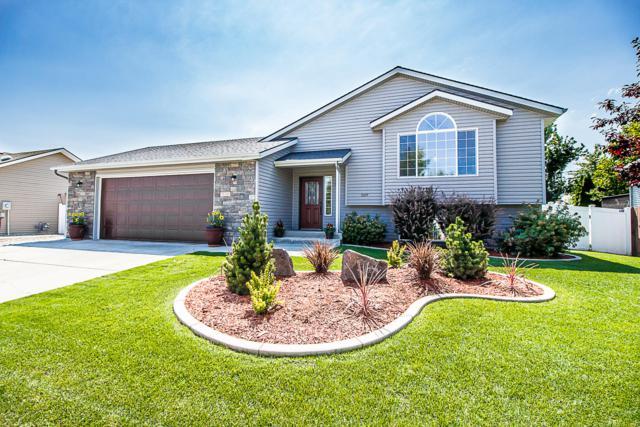 3077 W Blueberry Cir, Hayden, ID 83835 (#19-8619) :: Kerry Green Real Estate