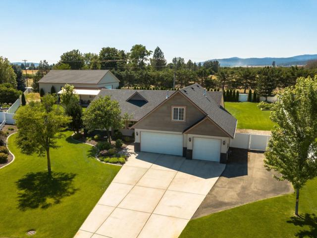 2390 W Falling Star Loop, Post Falls, ID 83854 (#19-8767) :: Team Brown Realty