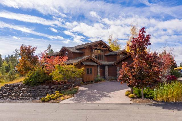 6054 W Brencia Ct, Coeur d'Alene, ID 83814 (#20-10550) :: Kerry Green Real Estate