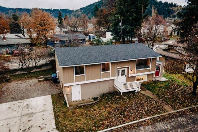 2716 N 10TH St, Coeur d'Alene, ID 83815 (#20-11064) :: Prime Real Estate Group