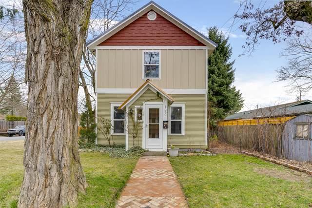 1070 N 1ST St, Coeur d'Alene, ID 83814 (#20-2052) :: Prime Real Estate Group