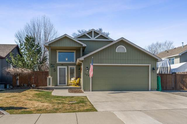 124 S Corbin Ln, Spokane Valley, WA 99016 (#20-2381) :: Team Brown Realty