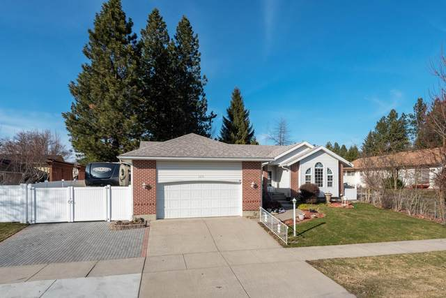 1375 W Caribbean Ave, Coeur d'Alene, ID 83815 (#20-2404) :: CDA Home Finder