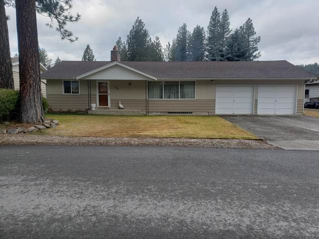 206 Woodland Dr, Pinehurst, ID 83850 (#20-2672) :: Team Brown Realty