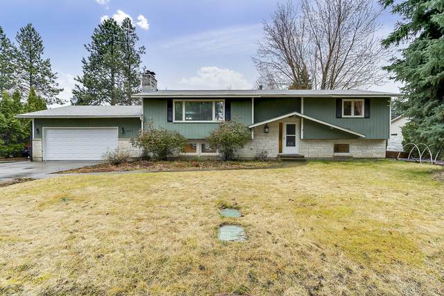 3679 W Evergreen Dr, Coeur d'Alene, ID 83815 (#20-2762) :: Kerry Green Real Estate