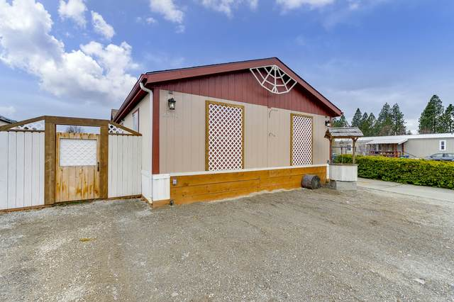 2246 W Windermere Ave, Coeur d'Alene, ID 83815 (#20-2818) :: Mall Realty Group
