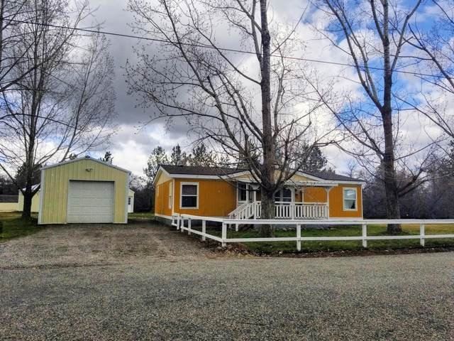 2611 W Hargrave Ave, Post Falls, ID 83854 (#20-2918) :: Team Brown Realty