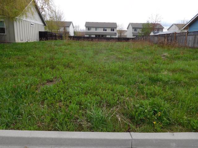1122 Elderberry Ave, Sandpoint, ID 83864 (#20-3948) :: Link Properties Group