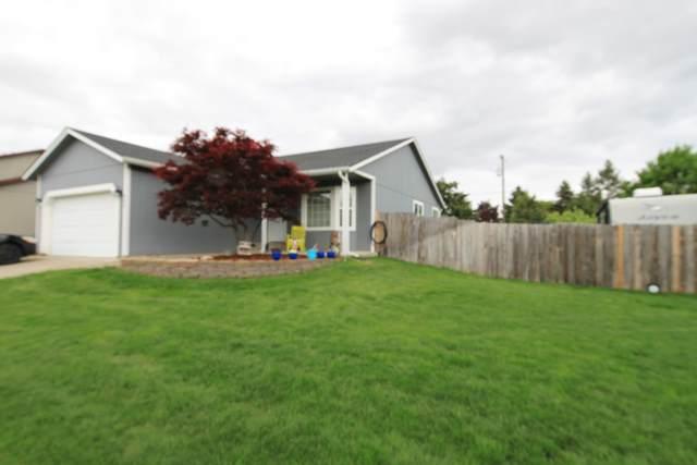 985 N Townsend Loop, Post Falls, ID 83854 (#20-4558) :: Flerchinger Realty Group - Keller Williams Realty Coeur d'Alene