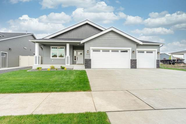 2896 N Callary St, Post Falls, ID 83854 (#20-4561) :: Kerry Green Real Estate