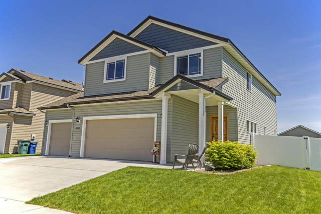 8226 N Wentworth St, Post Falls, ID 83854 (#20-4858) :: Link Properties Group
