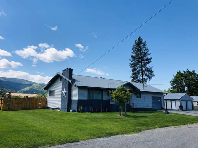 82 W Lincoln Ave Ave, Priest River, ID 83856 (#20-5111) :: HergGroup Coeur D'Alene