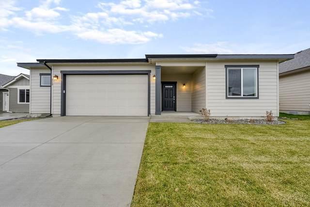 235 N Kirkwood St, Post Falls, ID 83854 (#20-5757) :: Northwest Professional Real Estate