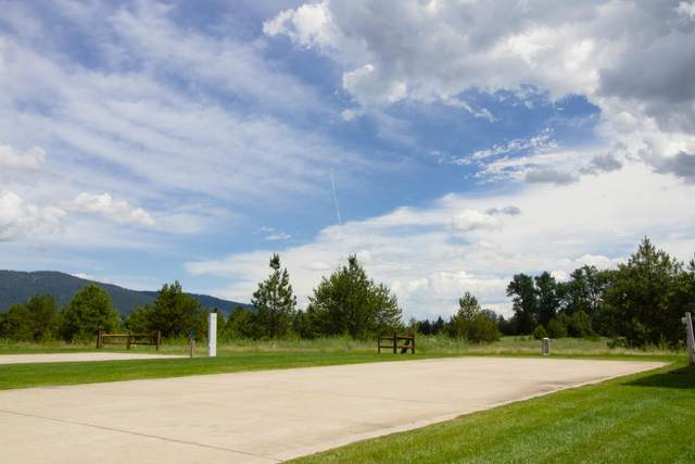 17 Sand Trap Ln, Blanchard, ID 83804 (#20-5953) :: Embrace Realty Group