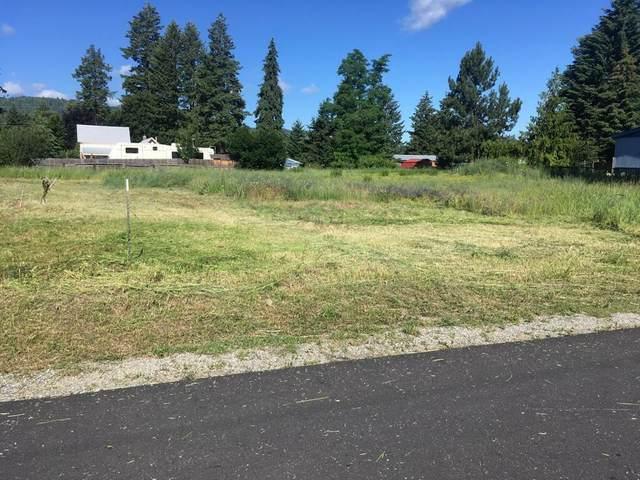NKA N 4th Ave, Spirit Lake, ID 83869 (#20-6531) :: Keller Williams CDA