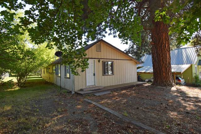 6486 Jackson St, Bonners Ferry, ID 83805 (#20-7488) :: Team Brown Realty