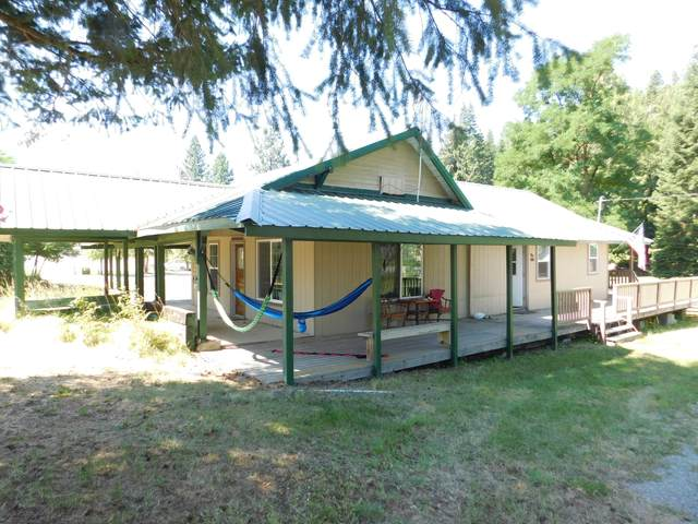 356 10th St, Priest River, ID 83856 (#20-7595) :: Team Brown Realty