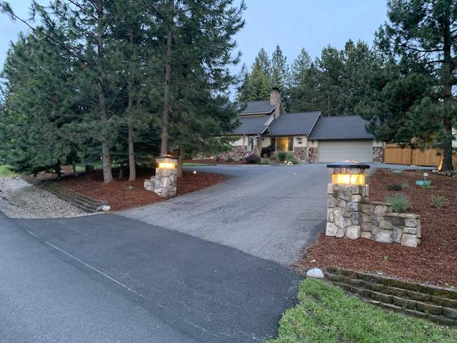 2214 E Lookout Dr, Coeur d'Alene, ID 83815 (#20-7718) :: Chad Salsbury Group