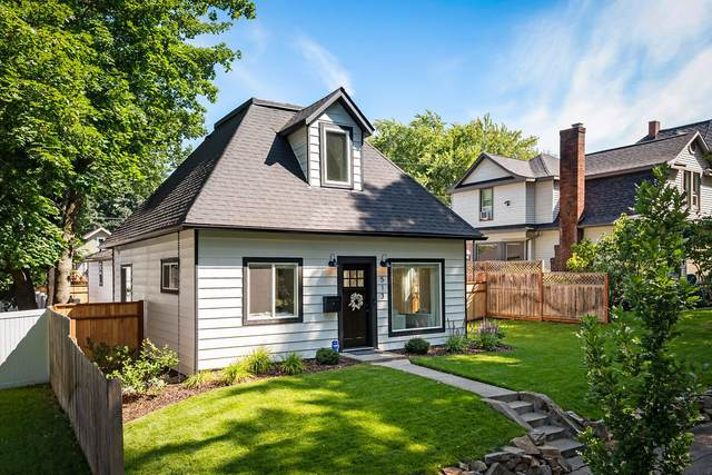 513 E Indiana Ave, Coeur d'Alene, ID 83814 (#20-8016) :: Flerchinger Realty Group - Keller Williams Realty Coeur d'Alene