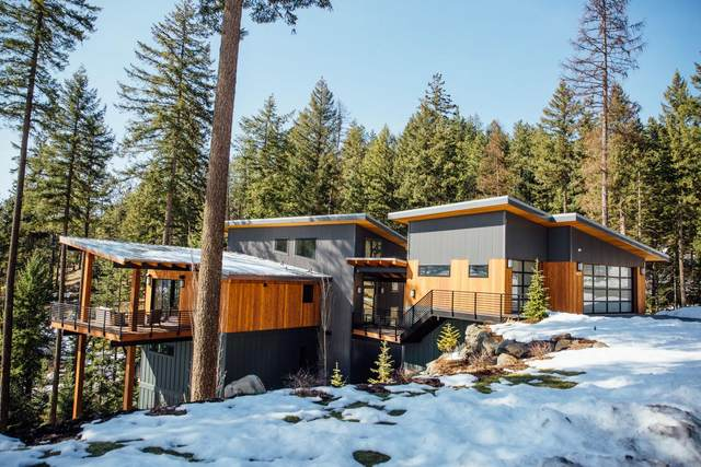 5486 W Mica Shore Rd, Coeur d'Alene, ID 83814 (#20-9065) :: ExSell Realty Group