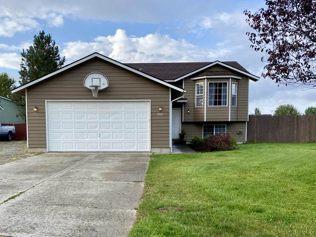 2615 N Gold Strike Ln, Post Falls, ID 83854 (#20-9361) :: CDA Home Finder