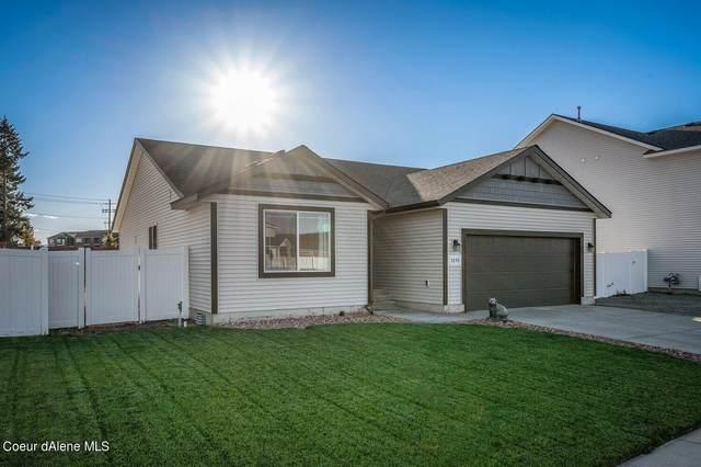 3890 W Belgrave Way, Hayden, ID 83835 (#21-10818) :: Five Star Real Estate Group