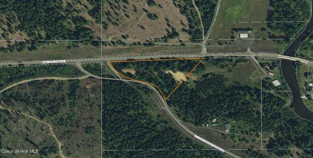 68683 Hwy 3 S, Santa, ID 83866 (#21-1558) :: Amazing Home Network