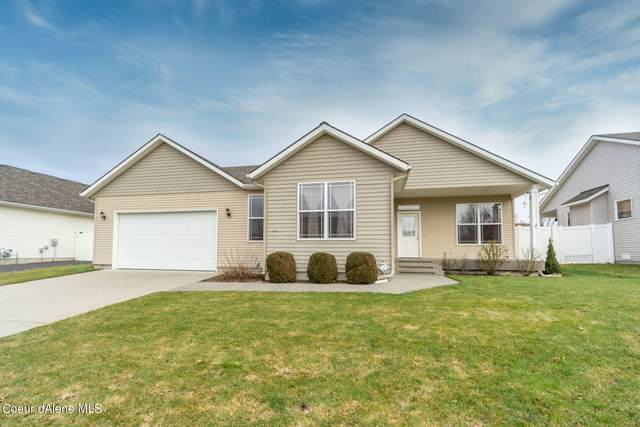 4001 W Lennox Loop, Coeur d'Alene, ID 83815 (#21-1619) :: Northwest Professional Real Estate